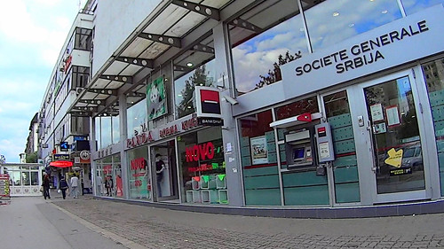 Novi Sad, Bulevar oslobođenja, 30 by slucajni prolaznik
