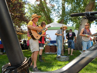 Bluegrass Band Entertains the Line at CO Brewer's Rendezvous
