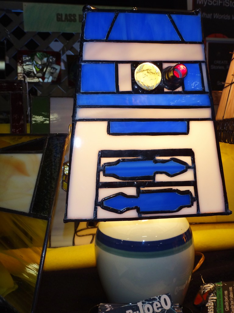Boston Comic Con 2013 Star Wars R2D2 stained glass lamp R2-D2