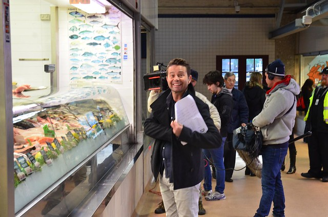 Steve jacobs smiles at me outside yanni 39 s seafood spot for Fish market queens