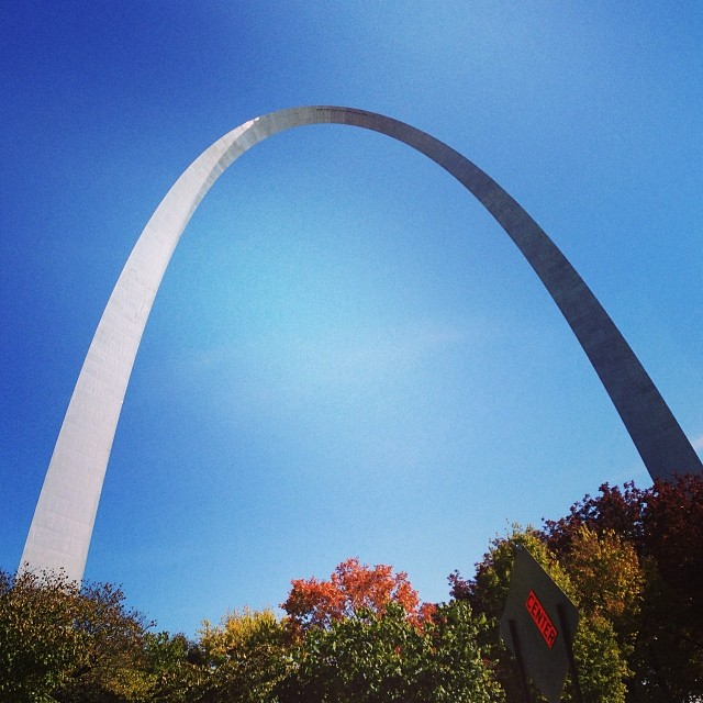The arch in the Fall, getting my Rock n Roll half race packet!!