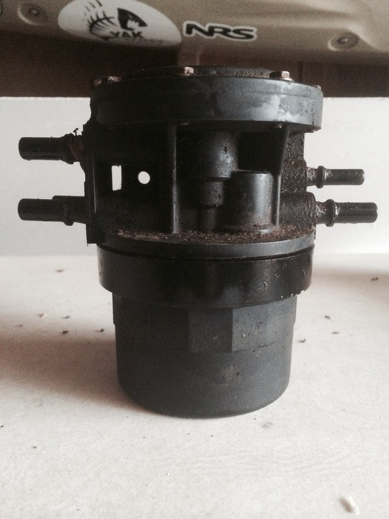 D B A B on Ford Ranger Fuel Filter