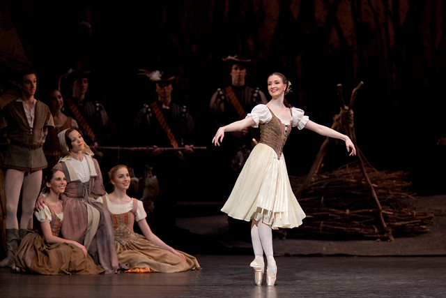 Lauren Cuthbertson as Giselle in Giselle © ROH / Johan Persson 2009