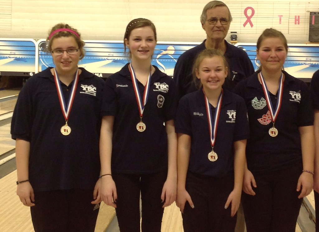 Chatham Bowlerama Junior Girls Zone Champions