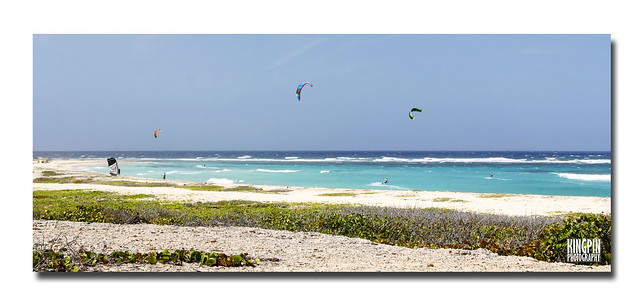 Kitesurfing on Aruba.