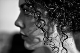 Profilo di donna - Profile of woman.