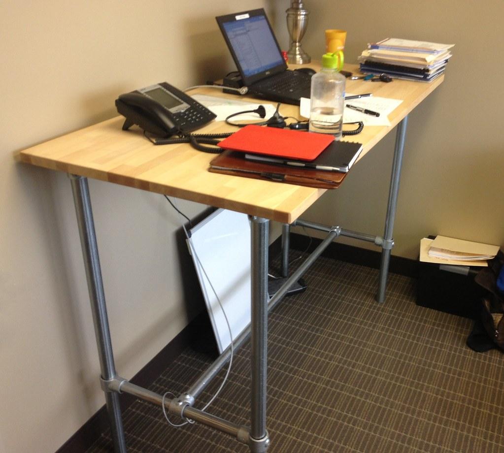 Diy Standing Desk Standing Desk Built Using Pipe And Kee K Flickr