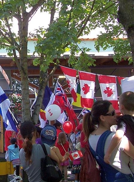 国庆处处是国旗-去年的温哥华格兰湖岛
