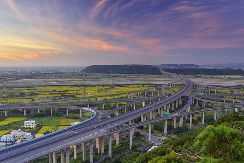 bridge sunset night canon landscape highway taiwan getty taichung express 台灣 建築 風景 gettyimages interchange 台中 清水 攝影 交流道 國道 三號 四號 5d2 清水交流道 chingshuei hybai pwpartlycloudy