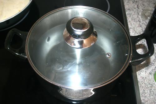 31 - Wasser aufsetzen / Heat up water