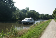 Canal d'Ille et Rance, Brittany - Photo of Guenroc