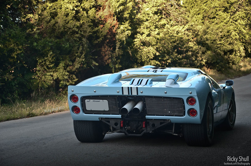 Suck it, Enzo  Ford GT40 photoshoot