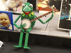 Rainbow Connection: Kermit the Frog with Banjo