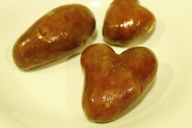 patata en forma de corazón - heart potatoe - cor de patata