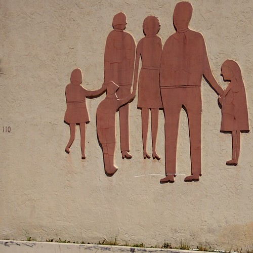 family sculpture art texture wall personal brickwall cracks lakeworth canonefs18135mmf3556is ilobsterit