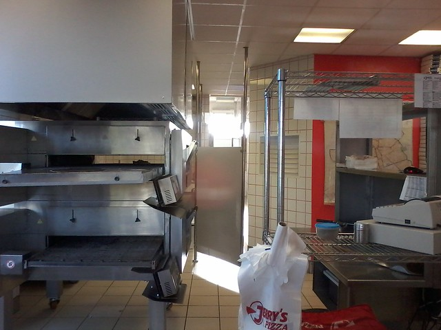 NEWJerrysPizza_горячий_цех