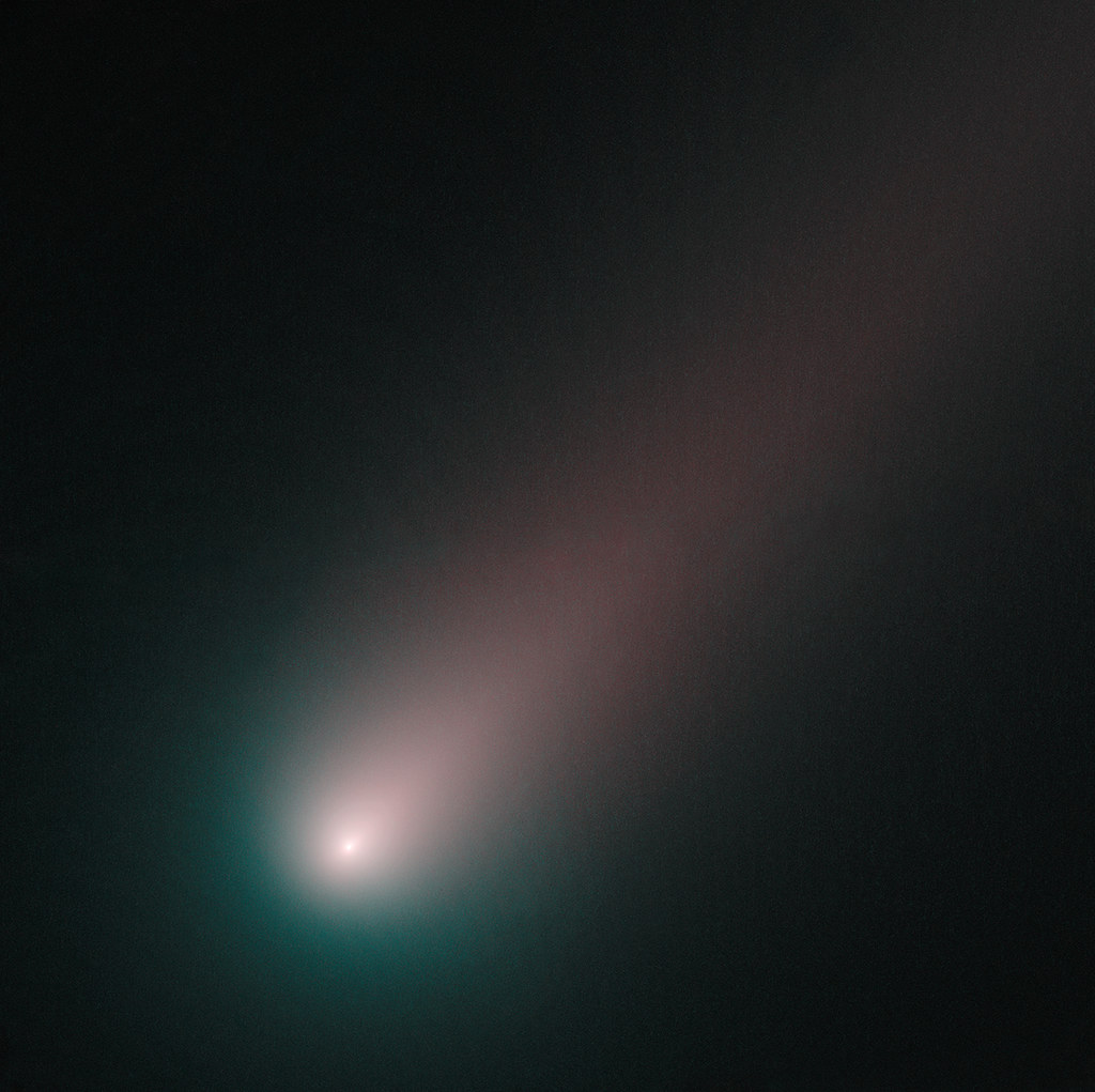 Hubble's Last Look at Comet ISON Before Perihelion