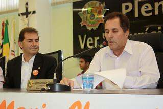 O presidente da mesa, vereador Roberto Letrista, com o deputado Paulinho da Força