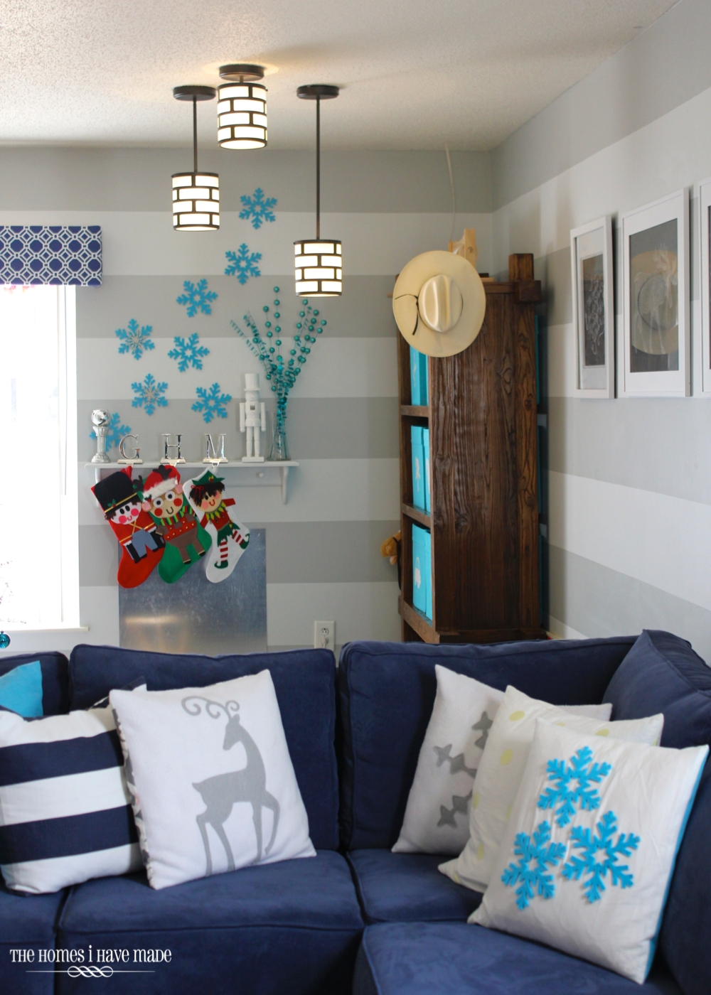 Holiday Living Room 2013-021