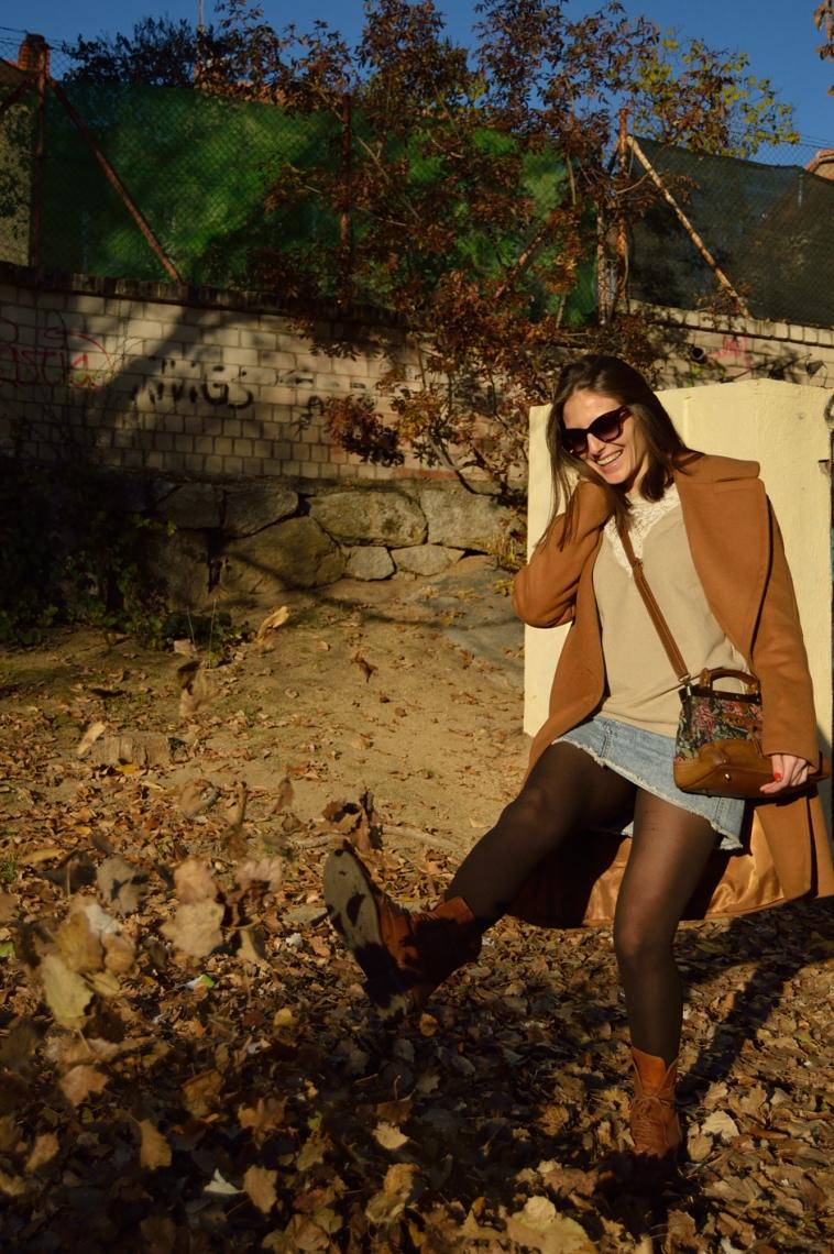 lara-vazquez-denim-falda-bolso-vintage-oversized-coat