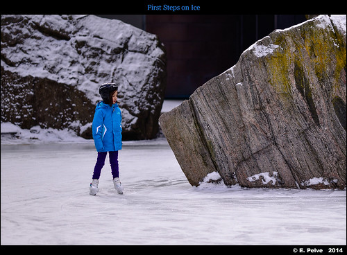 First Steps on Ice - Zeiss APO Sonnar 135mm f/2 ZF.2 on Nikon D800E