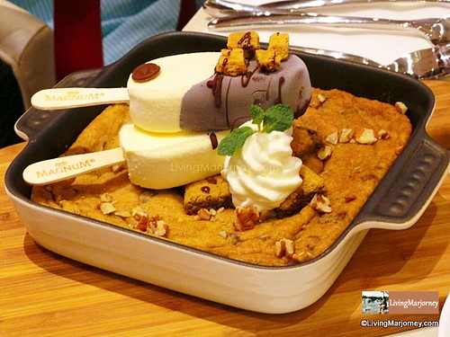 Cookie Dough Skillet, by LivingMarjorney on Flickr
