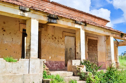 Villages and ruins of Angola