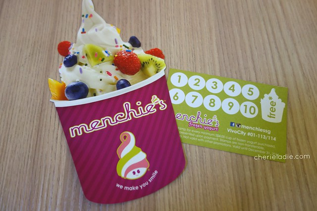 Menchie's loyalty card to clock rewards!