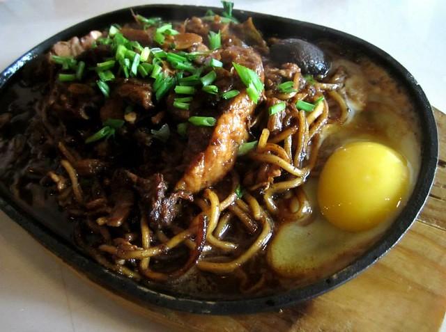 JackPork sizzling pork belly noodles