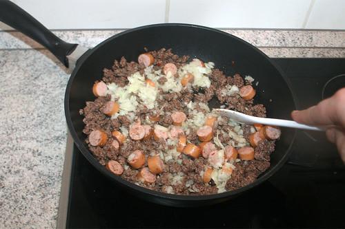 26 - Zwiebeln mit andünsten / Braise onions lightly