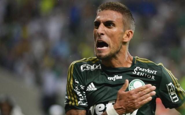 Rafael Marques admite incomodo com negocia��o tardia do Palmeiras