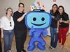 Silvia Marques, Elmo Francfort, Élida Alves e Lú Bandeira com o Mascote Digital