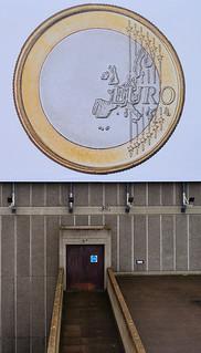 Immagine di Queen Elizabeth Hall & Purcell Room. waterloobridge london se1 nikon d5200 1855mm euro coin poster europe door path purcellroom queenelizabethhall