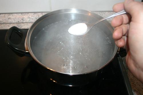 17 - Wasser zuckern / Add sugar