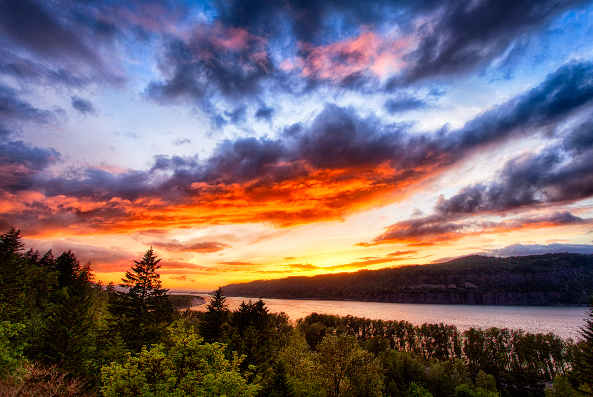 Columbia River Gorge Sunset By Michael Matti Flickr Photo Sharing