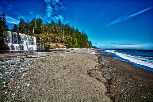 Tsusiat Falls, West Coast Trail,