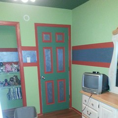 ... And the finished door, all designed by Cassie. So cute for a 10 year old's room! Perfect for her and her personality!