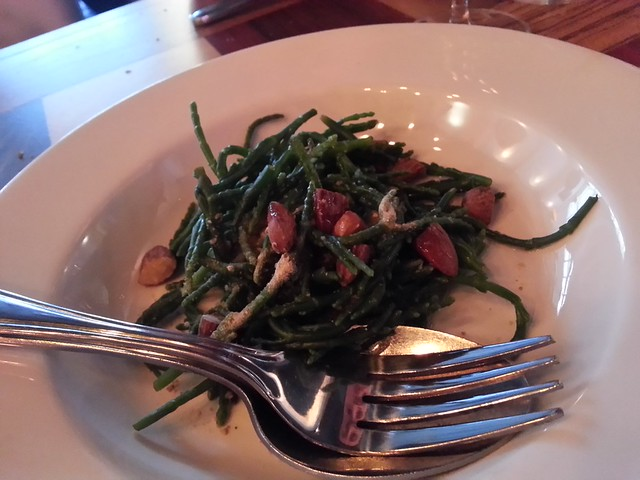 Quebec salicornia, with toasted almonds and verjus
