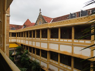 Elphinstone College, Mumbai (location of Maharashtra State Archives)