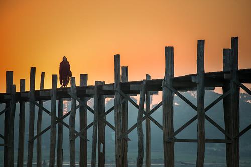 sunrise burma myanmar teak amarapura ubeinbridge 2013 upeinbridge my အမရပူရ upeinthadar