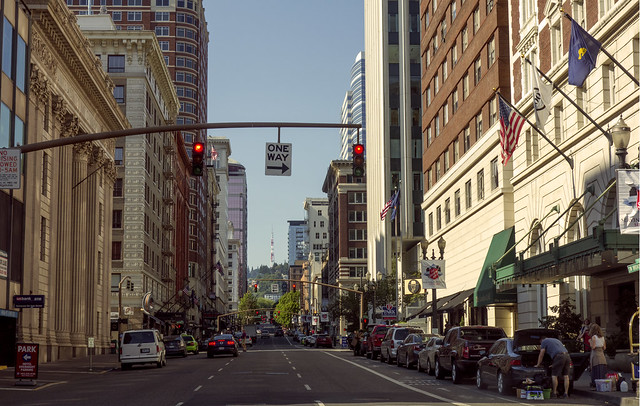 Sunday Morning Portland Southwest Broadway Was Quiet Earl Flickr Photo Sharing