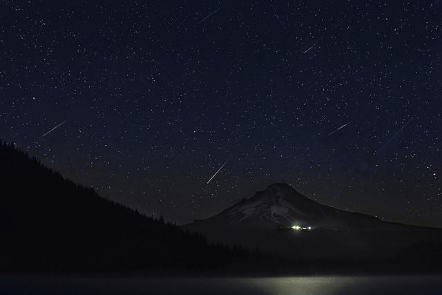 Perseid Meteor Shower at Trillium Lake 2013