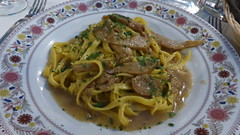 vegetarian food(0.0), bucatini(0.0), spaghetti(0.0), carbonara(0.0), pappardelle(1.0), pasta(1.0), spaghetti aglio e olio(1.0), fettuccine(1.0), produce(1.0), food(1.0), dish(1.0), cuisine(1.0),