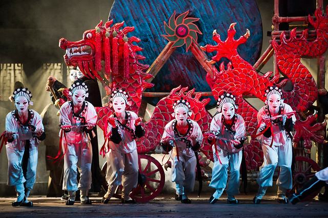 The cast of Turandot © ROH/Tristram Kenton, 2013