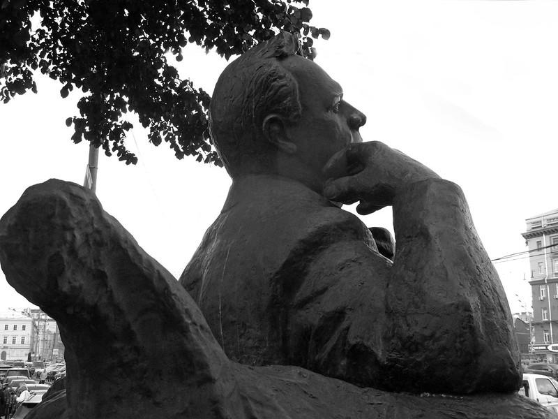 Шаляпин (Monument to Feodor Chaliapin), b&w ver.4