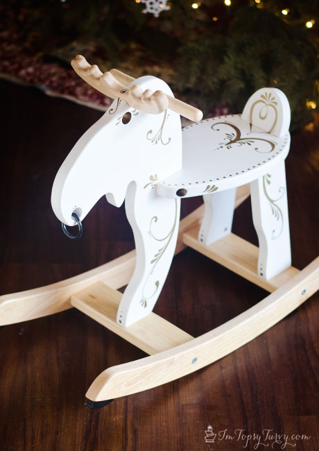 Christmas-rocking-moose-sharpies-swirls-#StaplesSharpie