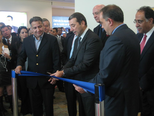 Embamex Ecuador vuelo inaugural México-Quito