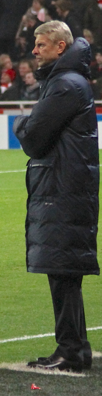Photo『Arsène Wenger looks on』 by Ronnie Macdonald