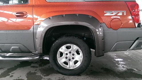 2002 facelift leveling kit wheels tires bushwacker. Black Bedroom Furniture Sets. Home Design Ideas