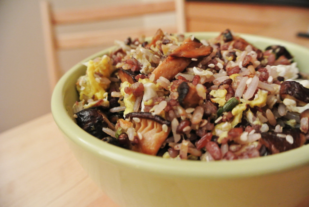 LettuceSpoon: Peanut oil sesame ginger mushroom fried rice